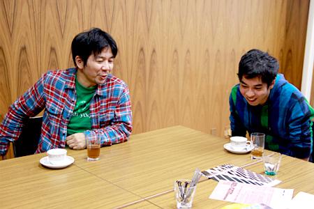 左:宮沢章夫、右:神里雄大