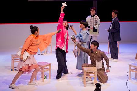 『トータル・リビング 1986-2011』舞台写真 ©引地信彦