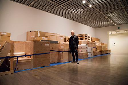展示作品の空き箱が並ぶ「Zero(ゼロ)」の展示風景