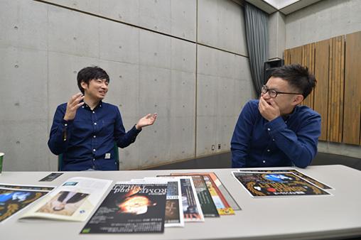 左から:小林賢太郎、村井雄