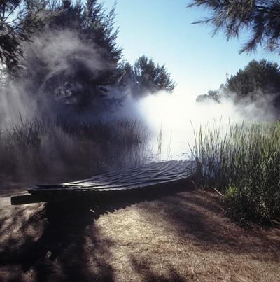 中谷芙二子『砂漠の霧微気象圏』(オーストラリア国立美術館・彫刻庭園、キャンベラ)(参考図版) Courtesy National Gallery of Australia