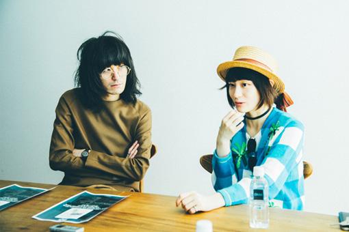 左から:志磨遼平、コムアイ