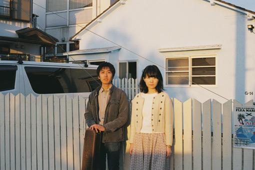 ラッキーオールドサン(左から:篠原良彰、ナナ) 撮影:木村和平