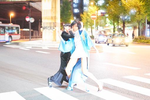 左から:MIKIKO、アヴちゃん