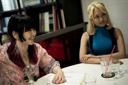 左から:大森靖子、エリイ