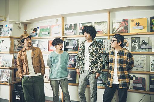 左から:五味岳久(LOSTAGE)、後藤正文(ASIAN KUNG-FU GENERATION)、Masaki Maenosono(8otto)、TORA(8otto)