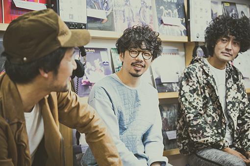 左から:五味岳久(LOSTAGE)、後藤正文(ASIAN KUNG-FU GENERATION)、Masaki Maenosono(8otto)