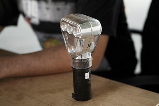 実際にシャンデリアに使われていた工事灯