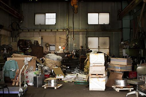 BACKLE KOBOの1階は実際に工場として稼働している
