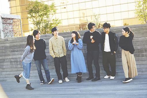 左から:島田桃子、三浦直之、篠崎大悟、望月綾乃、板橋駿谷、亀島一徳、森本華