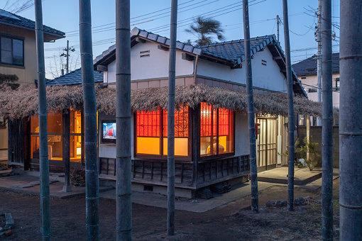『カオス*ラウンジ新芸術祭2017』を契機に泉で150年ぶりに作られた新しい寺院、密嚴堂