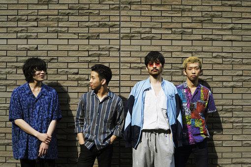 King Gnu(左から:井口理、新井和輝、常田大希、勢喜遊)