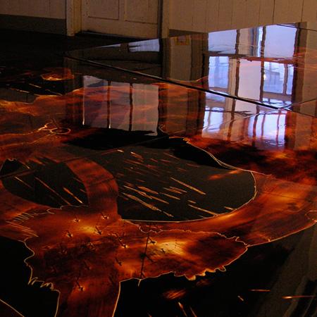 佐々木友恵「自己記憶改変の疑い」 2008年 / 1200×2400mm / 木製パネルに漆(同時代ギャラリー 出展/国立京都国際会館会場)