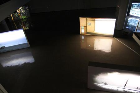 『さわひらき Whirl』展示風景『Hako』2007