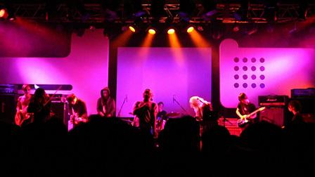 Vampilliaのライブ風景
