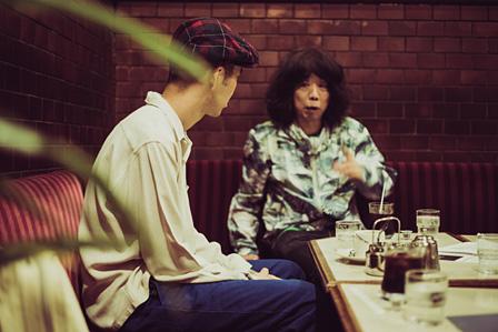 左から佐藤良成、坂本慎太郎