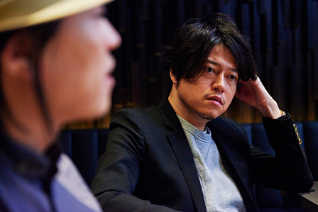 右:渋谷慶一郎