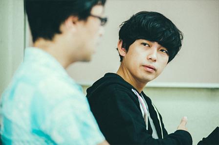 右:藤田貴大