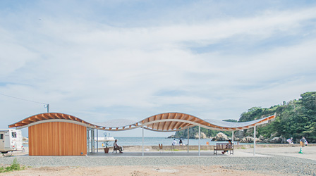 宮戸島月浜のみんなの家 ©SANAA