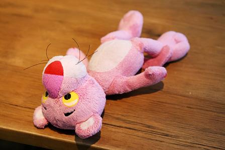 ピンクパンサーのぬいぐるみ