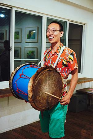 ハブの自作楽器「遊鼓」