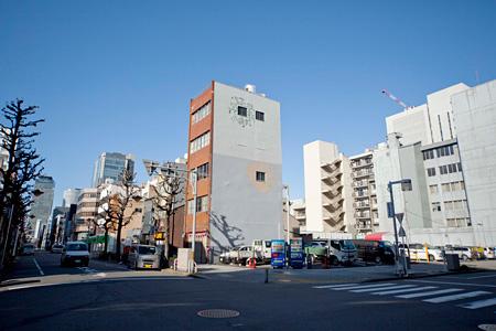 「都市の野生」を描く 淺井裕介インタビュー