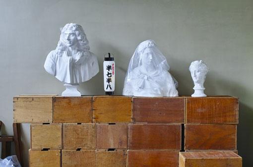 中野成樹『半七半八(はんしちきどり)』メインビジュアル photo: Yusuke Abico
